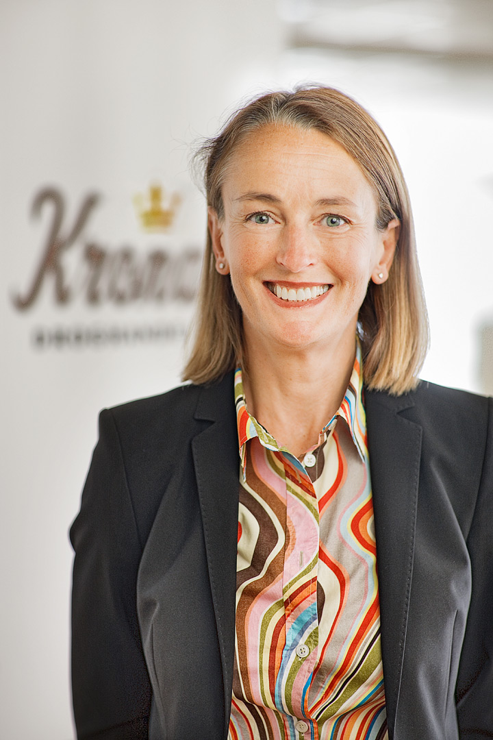 Cecilia Marlow, Kronans